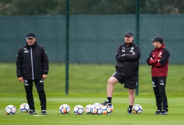 Benitez tích cực chuẩn bị cho ngày tài xuất của Newcastle - Bóng Đá