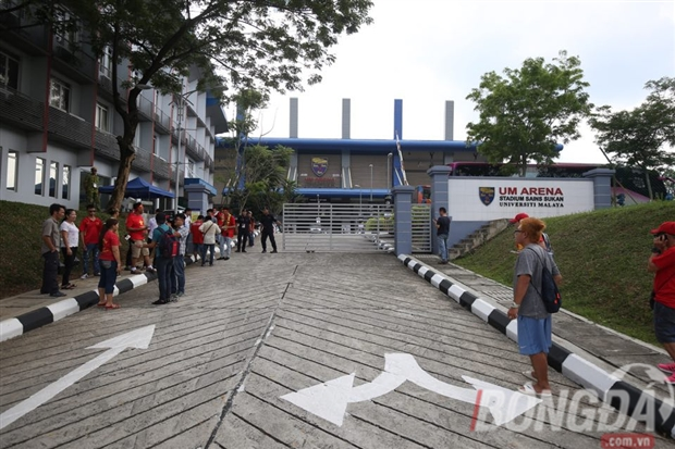NÓNG: NHM Việt Nam ngơ ngác vì không thể mua vé xem trận đấu của tuyển nữ - Bóng Đá