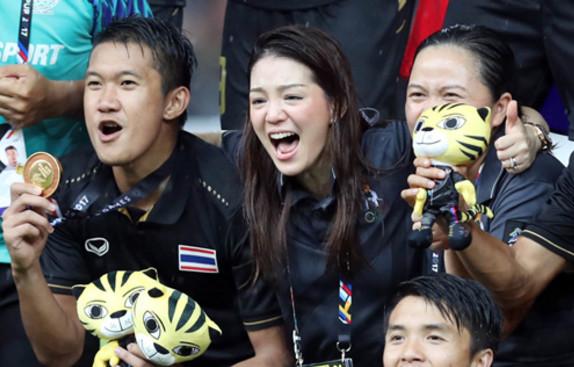 Bóng đá Thái Lan ai cũng nể, trừ Việt Nam - Bóng Đá