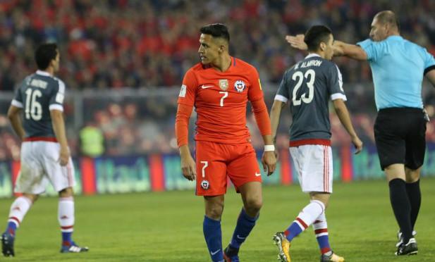Khủng hoảng tại Arsenal khiến Sanchez tăng cân? - Bóng Đá