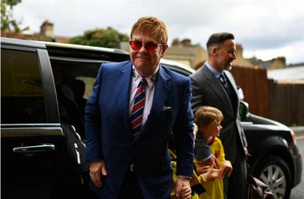 Sir Elton John đã sẵn sàng chờ Watford gây địa chấn trước Man City - Bóng Đá