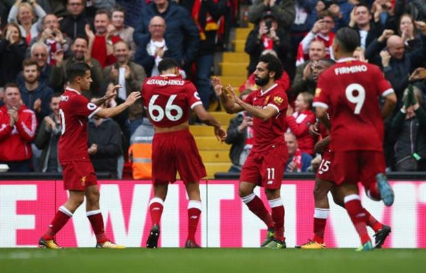 Salah chẳng thể 'gánh' hàng thủ Liverpool mãi được - Bóng Đá