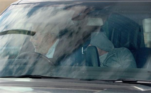 Rooney kiệm lời trong ngày đầu làm công ích  - Bóng Đá