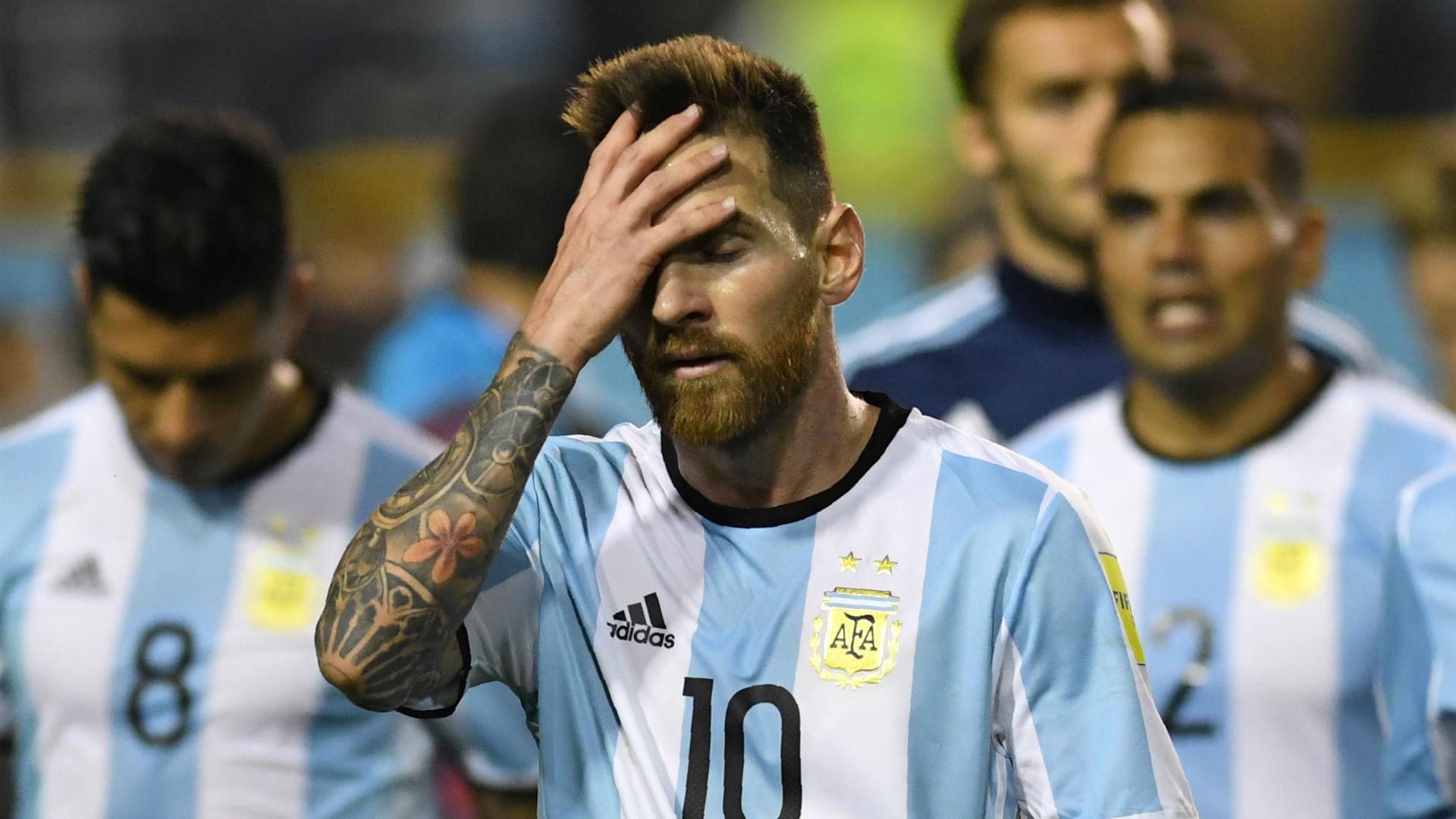 Messi vượt qua cửa tử, nhưng đừng mơ 'vĩ đại' - Bóng Đá