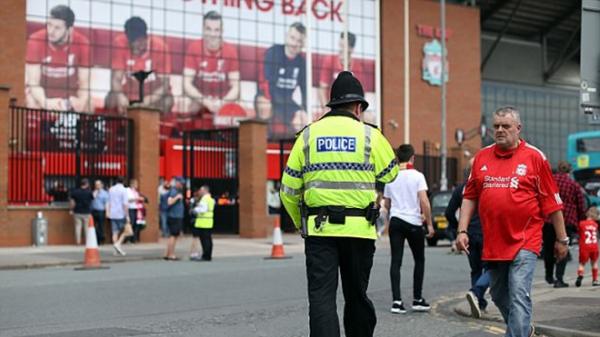 An ninh 'căng thẳng' trước đại chiến Liverpool - Man Utd - Bóng Đá