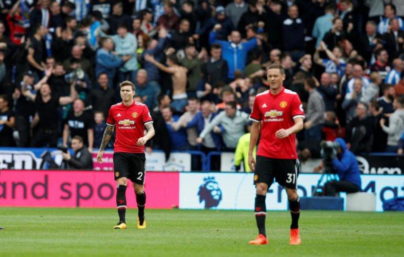 Sân cỏ châu Âu tối qua: Man Utd thế chỗ Chelsea - Bóng Đá