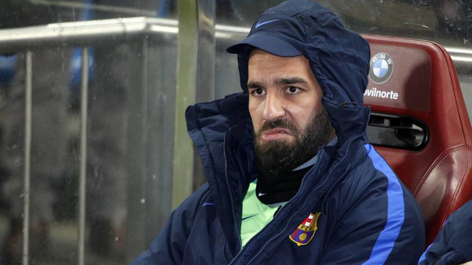 Barcelona cho không, Turan vẫn 'ế' - Bóng Đá