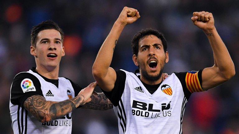 Những đội bóng ấn tượng nhất tuần qua: Valencia và kỷ lục mới - Bóng Đá