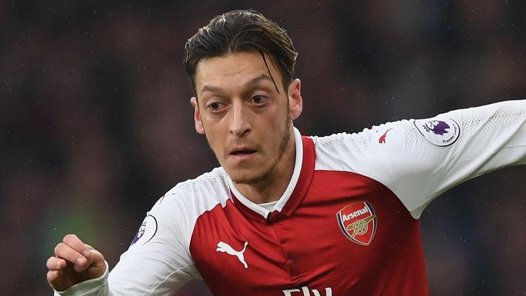 Huyền thoại Arsenal sợ Ozil sẽ đầu quân cho Man Utd - Bóng Đá