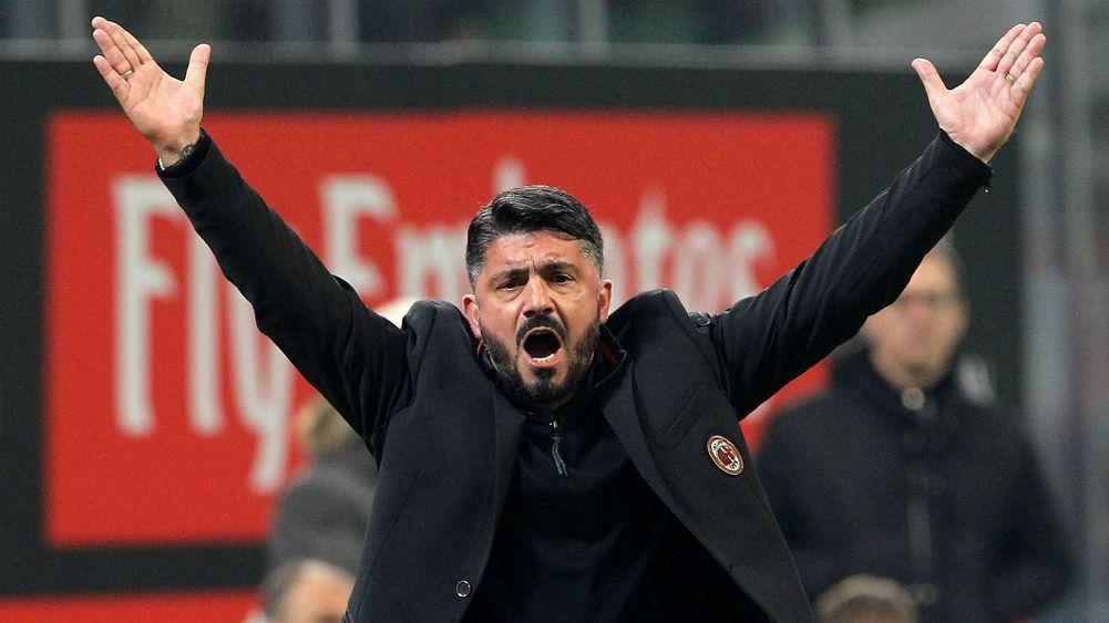 01h45 ngày 22/04, AC Milan vs Benevento: Nụ cười sẽ trở lại? - Bóng Đá