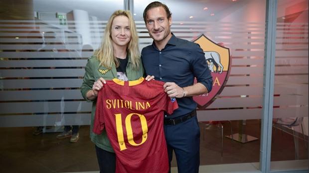 Vừa tới Rome, Del Potro đã được đích thân Totti ra đón - Bóng Đá