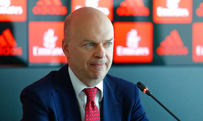 Xóa nợ, Elliott chính thức tiếp quản Milan - Bóng Đá