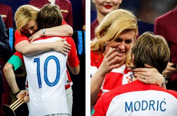 Tổng thống Croatia nghẹn ngào lau nước mắt cho Modric trên bục trao giải - Bóng Đá