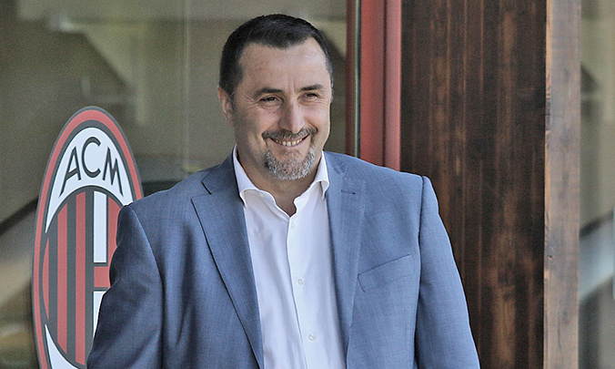 CHÍNH THỨC: Thêm một Giám đốc của Milan 'bay ghế' - Bóng Đá