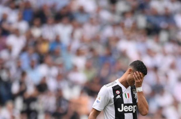 Ronaldo bật khóc ngay trên khi có được bàn đầu tiên cho Juventus - Bóng Đá