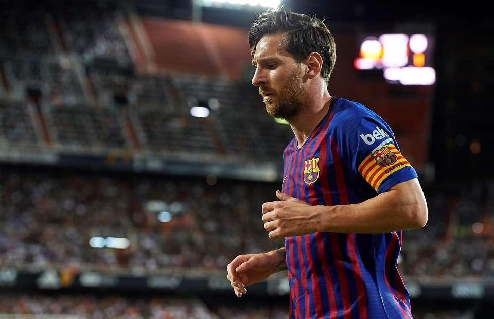 Lộ điều khoản cho phép Messi tự do chia tay Barcelona - Bóng Đá