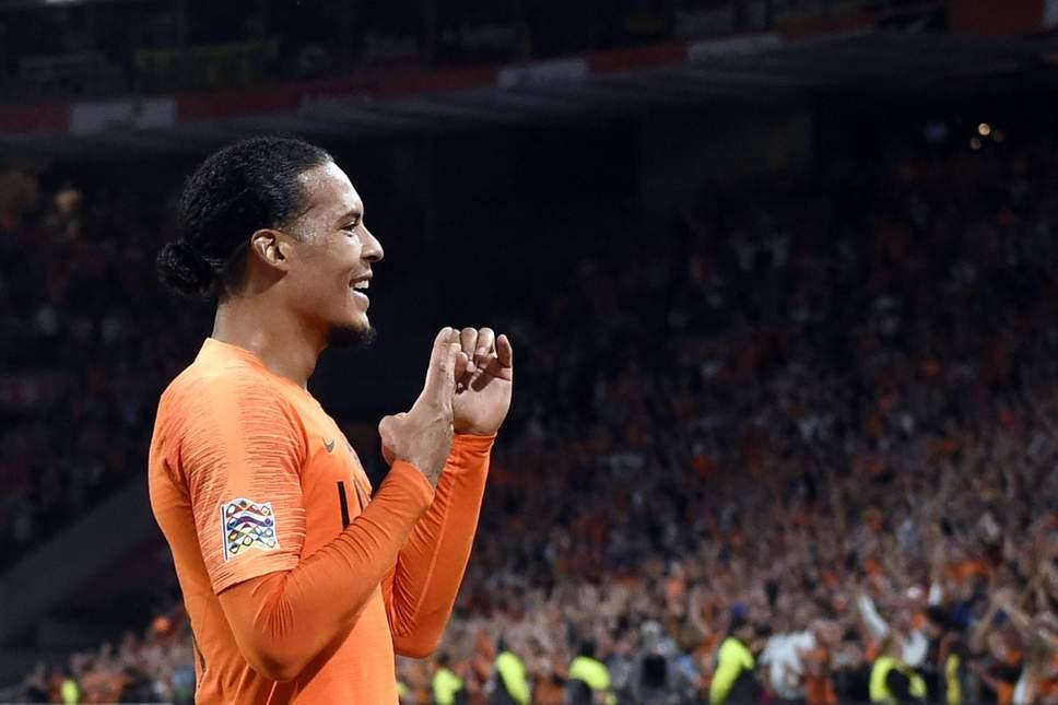 Giữa hàng loạt tin dữ, Van Dijk báo chút tin vui cho Liverpool - Bóng Đá