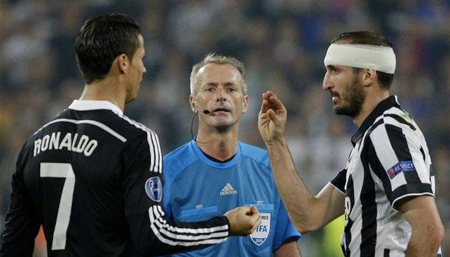 'Đến Chiellini cũng muốn học theo Ronaldo' - Bóng Đá