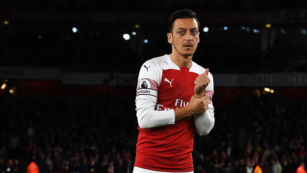 Ozil thừa nhận cuộc sống đầy khó khăn tại Arsenal  - Bóng Đá
