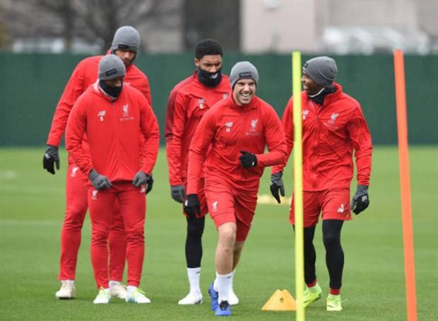 Dàn sao Liverpool co rúm trước ngày tái ngộ PSG - Bóng Đá