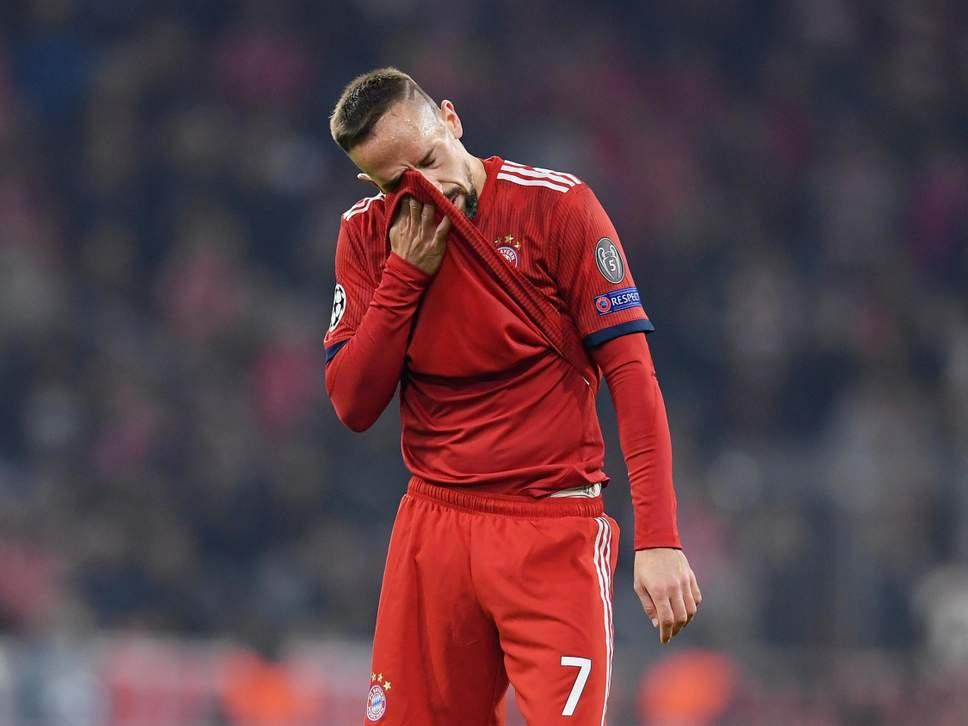 Tức giận, Ribery chửi cả gia phả các anti-fan - Bóng Đá