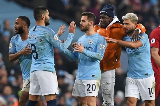 Trong cả năm 2018, Man City hay Liverpool đỉnh hơn? - Bóng Đá