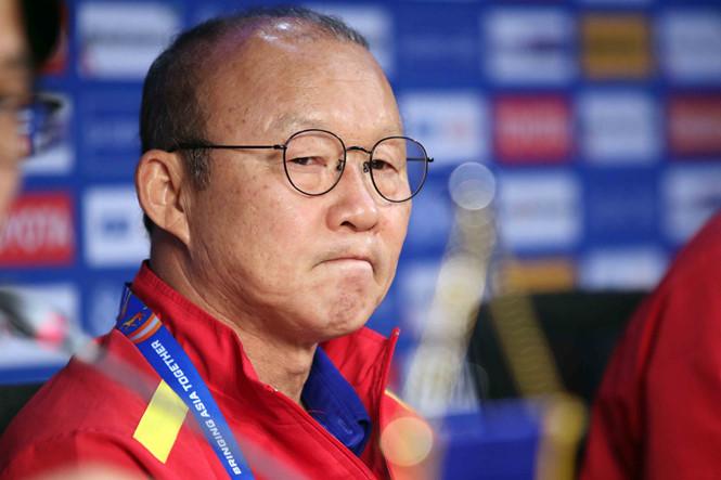 Park Hang Seo muốn 'giảm tải' khi gia hạn với VFF - Bóng Đá
