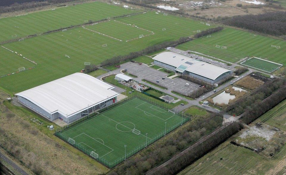 Man Utd duyệt chi 50 triệu bảng để nâng cấp Carrington - Bóng Đá