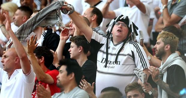 Sốc: Fan Man City có tỷ lệ ngoại tình cực cao - Bóng Đá