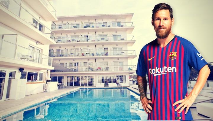Học theo Ronaldo, Messi mua thêm khách sạn - Bóng Đá