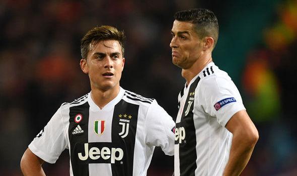 Ronaldo đang khiến đồng đội bị tổn thương - Bóng Đá