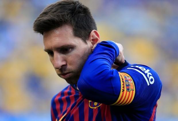 Quả Bóng Vàng: Messi dưới cái bóng của 1 gã khổng lồ - Bóng Đá