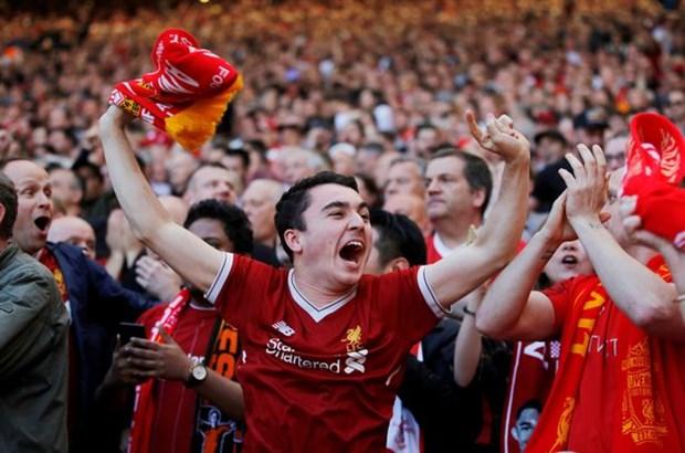 CĐV Liverpool thích thú khi đội bóng quyết ngáng đường Man Utd - Bóng Đá