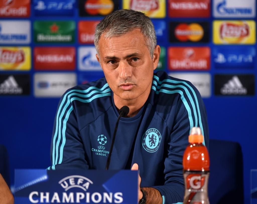 Mourinho mượn Liverpool