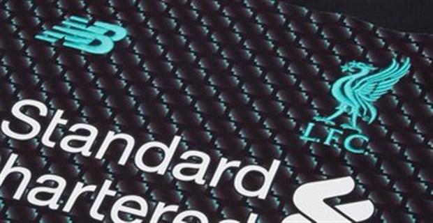 Liverpool tung mẫu áo đấu kỷ niệm 100 năm tri ân người cũ - Bóng Đá