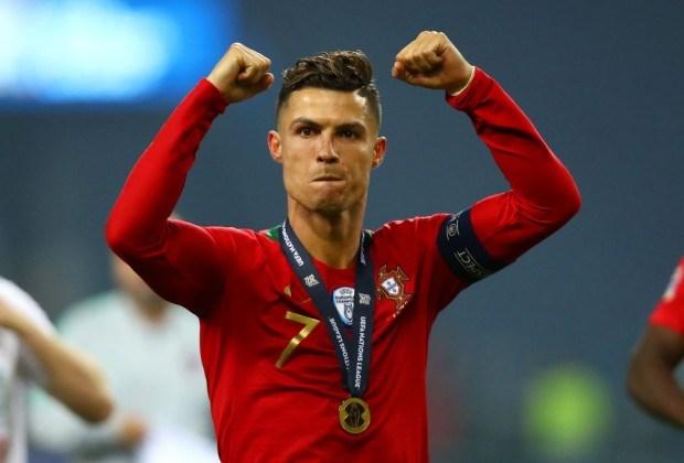 Lý do vì sao Ronaldo sẽ vượt qua Messi, Van Dijk? - Bóng Đá