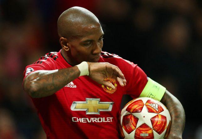 Ashley Young - Số 0 tròn trĩnh của Man Utd - Bóng Đá