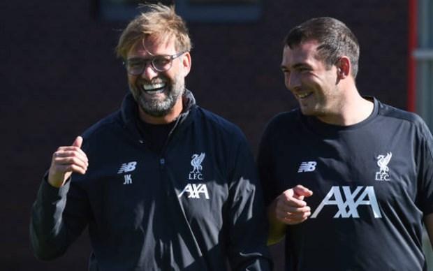 Lỡ gây họa, sao Liverpool bị