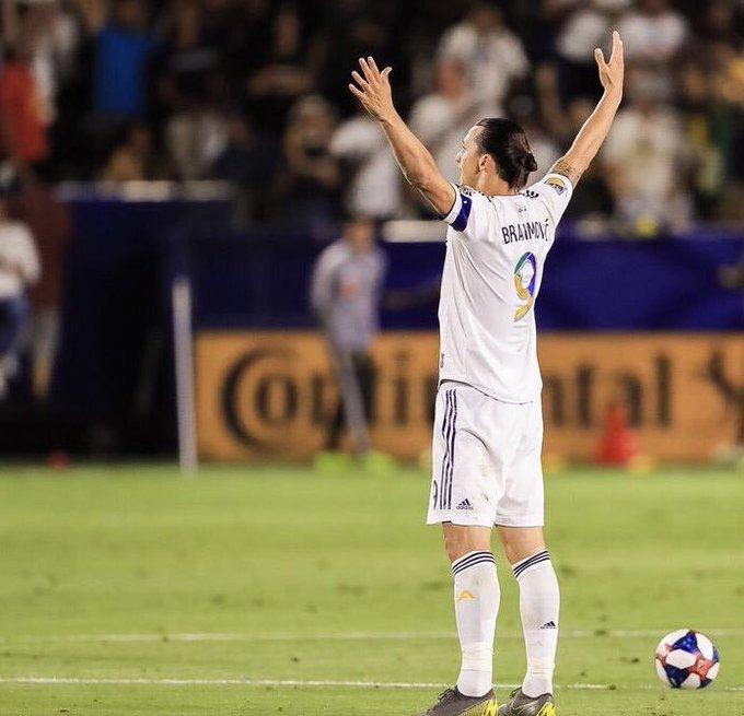 Thực hư việc Ibrahimovic tới Argentina