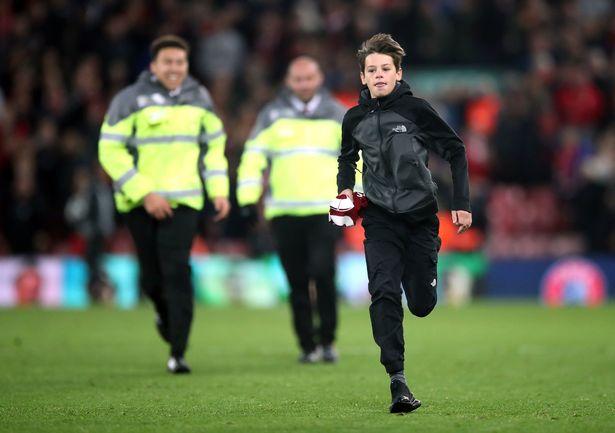 Hết FA, đến lượt UEFA đe dọa Liverpool - Bóng Đá