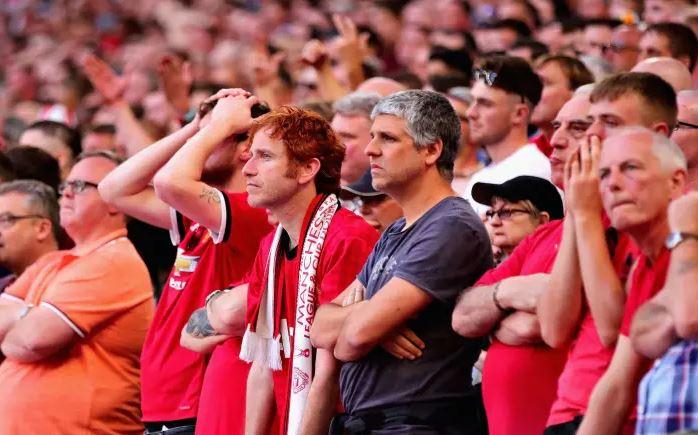 Nhà Glazer tháo chạy, CĐV Man Utd mở hội - Bóng Đá