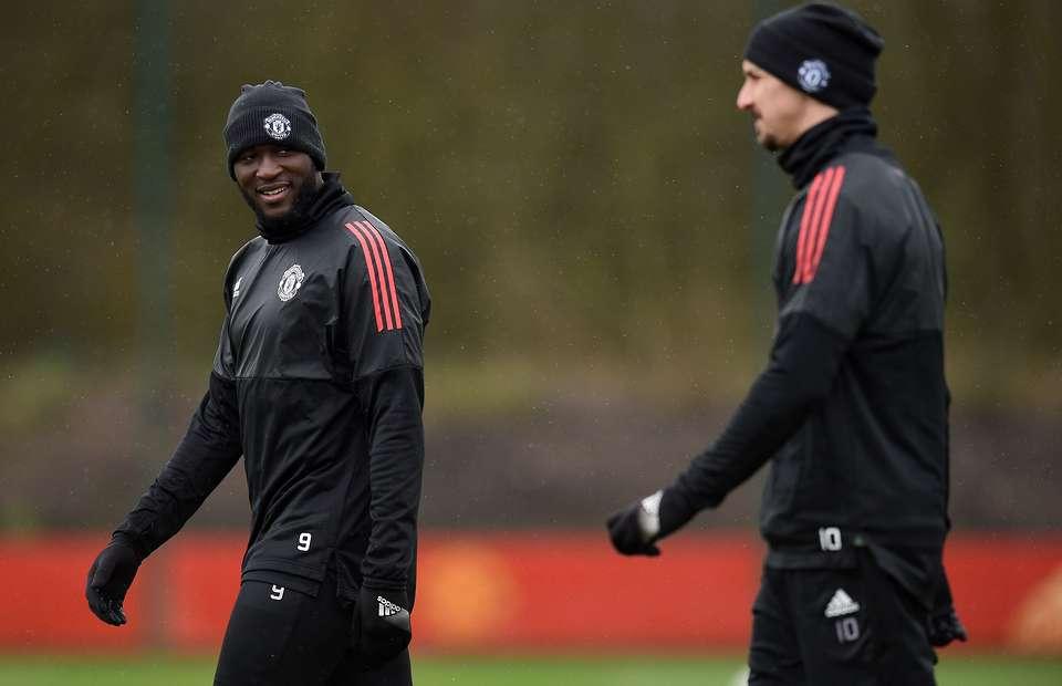 Ibrahimovic ra kèo, Lukaku sợ