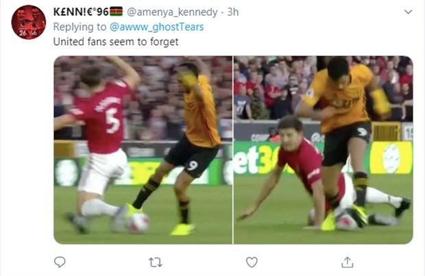 Van Dijk trượt té, CĐV Liverpool chúc mừng: