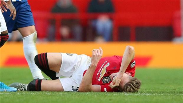 Sao trẻ nghỉ dài hạn, CĐV Man Utd: