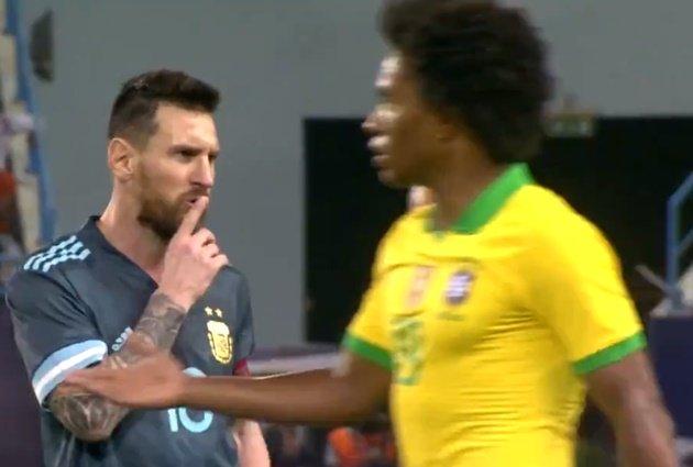 Bị Messi