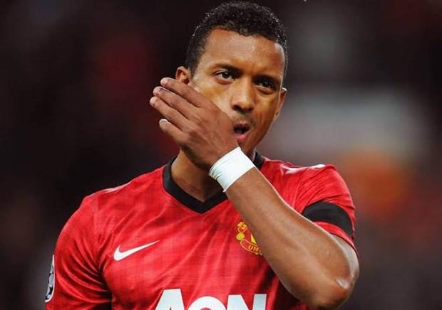 CĐV Man Utd chạnh lòng nhớ lại Ronaldo phiên bản lỗi - Bóng Đá