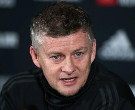 Man Utd cấm Lingard tiếp tục