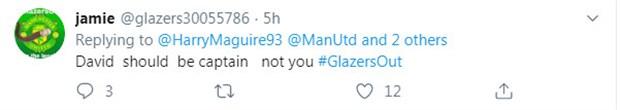 Đồng thuận với Neville, CĐV Man Utd tẩy chay đội trưởng mới - Bóng Đá