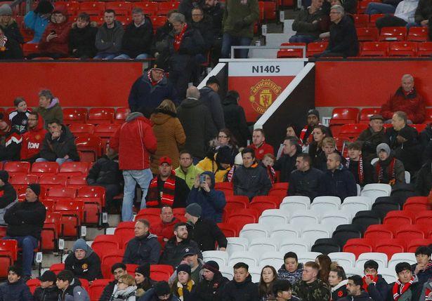 Old Trafford sẽ tiếp tục vắng tanh trong tương lai? - Bóng Đá