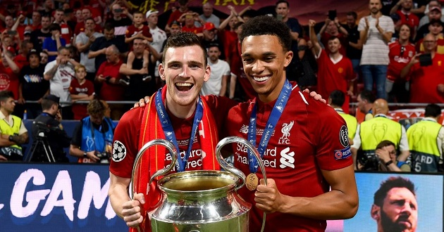 Kenny Dalglish urges Andy Robertson to ignore Barcelona transfer talk after Liverpool's Champions League final win - Bóng Đá